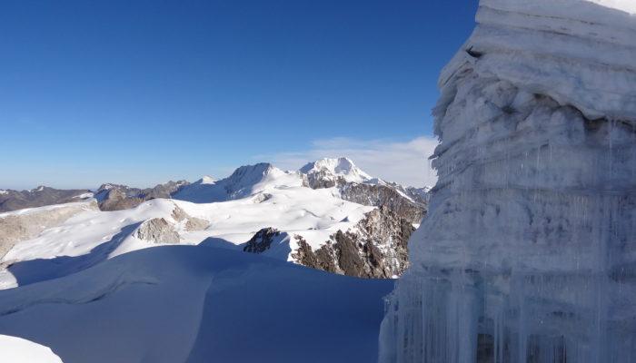Rock Climbing & Trek Peaks dans la Cordillère Royale