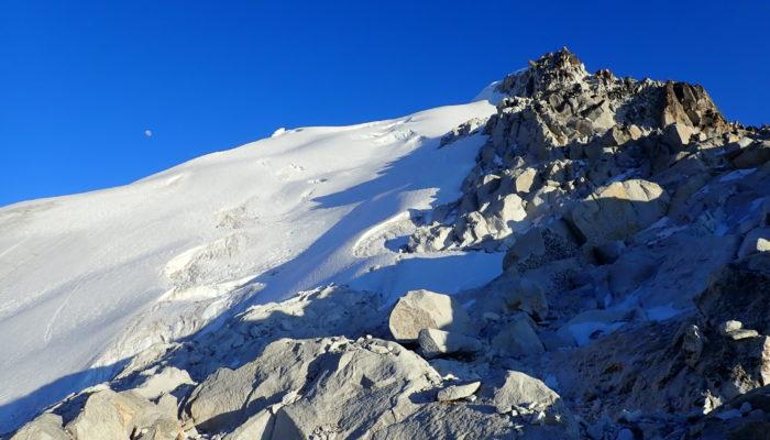 ASCENSION DU JANQU LAYA (5.545 m alt. )